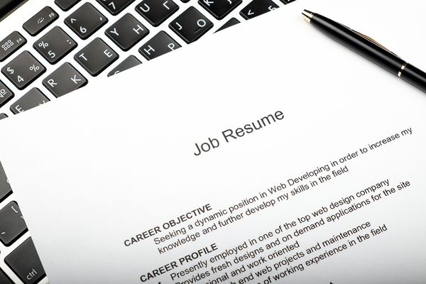 how to make applicant tracking systems choose your resume
