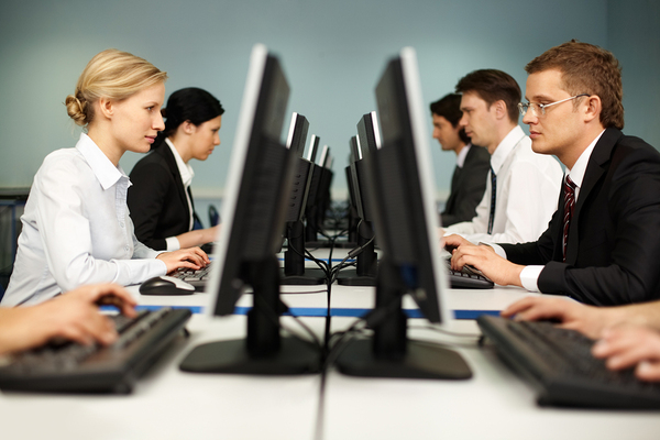 The Benefits of Working with Trained IT Professionals