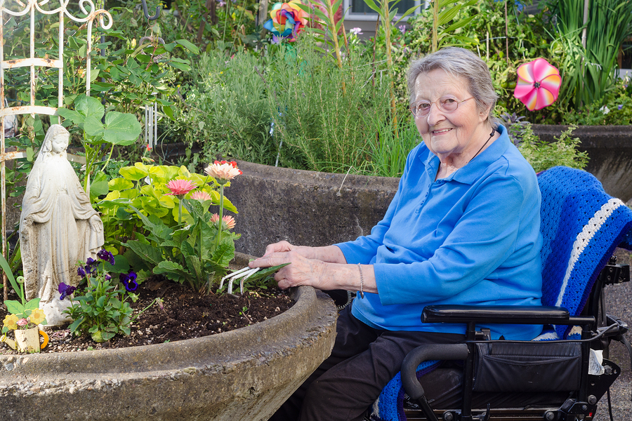 Assisted living facilities offer plenty of activities to keep residents engaged
