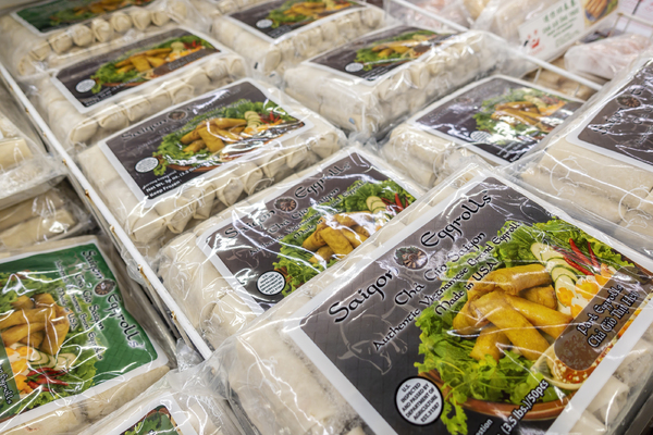 Packaged food in a grocery store.