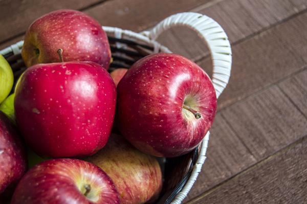 Healthy Summer Snack: Apples