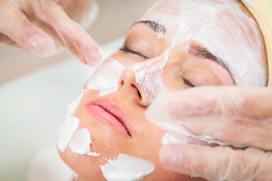 The Top Benefits of Using Skin Care Products with Hyaluronic Acid
