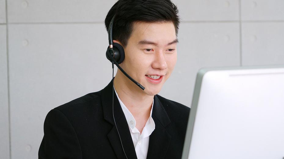 Call center representative.