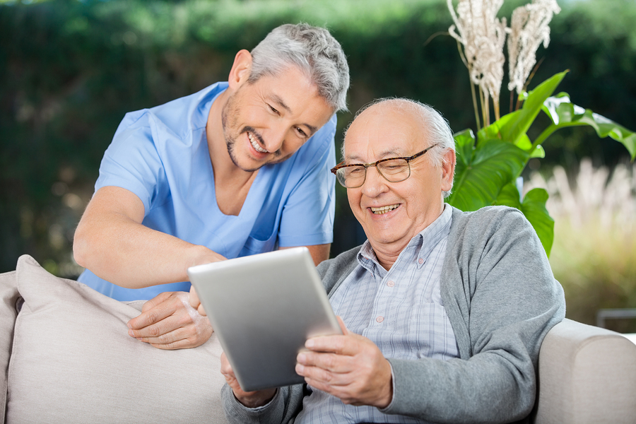 mobile apps for seniors can open up a whole new world