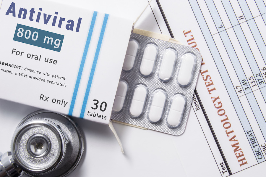 Antiviral pill packet.