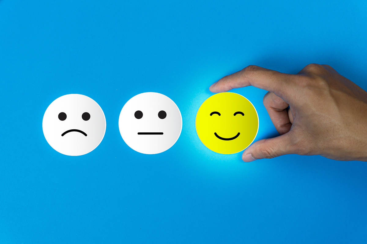Happy, neutral and smiling face icons.