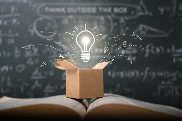 Lightbulb above an opened box.