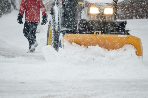 During winter weather or other bad weather conditions, a phone answering service can help keep a business running.