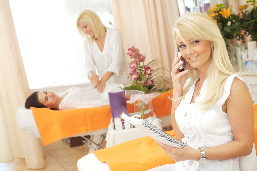 How to Pursue a Career in Salon Management - Beauty Academy