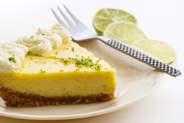 Key lime pie tops our list of the best Florida desserts.