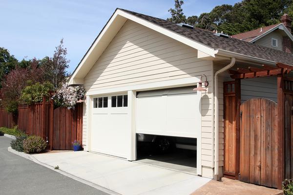 Double car garage.
