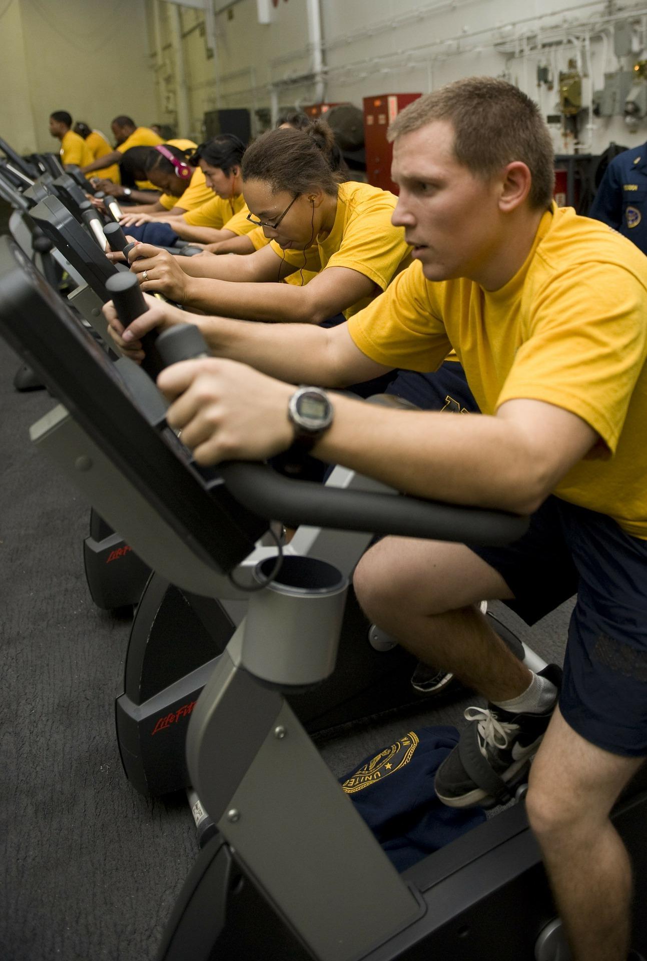 Millennials enjoy group fitness