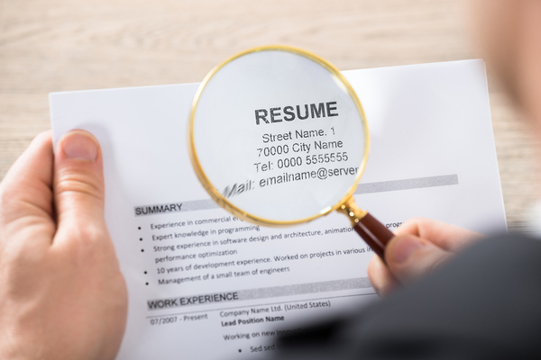 Three Things You Should Not Include On Your Resume  Open For Jobs