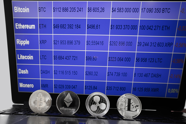 Chart showing cryptocurrencies and their value.